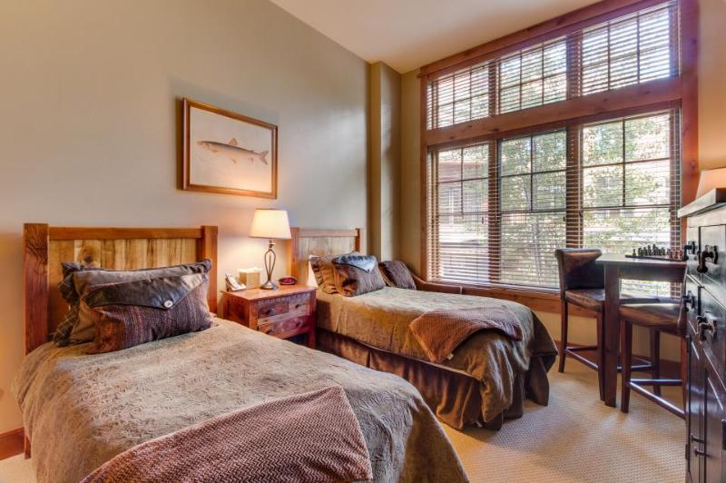 Ski in / ski out of this cozy condo for two in The Village at Northstar - Image 1 - Truckee - rentals
