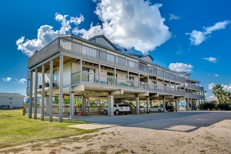 Gorgeous Remodeled West Beach Ocean & Lagoon Condo - Image 1 - Gulf Shores - rentals