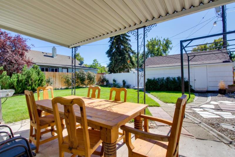 Spacious dog-friendly home w/fenced yard, two bikes & central location! - Image 1 - Boise - rentals