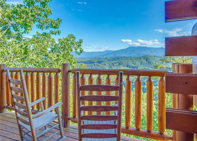 CRAZY SUMMER SPECIAL from $119!!! Luxurious Cabin w/ Stunning Views. Sleeps 4 - Image 1 - Pigeon Forge - rentals
