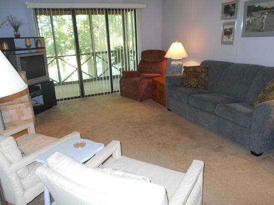 Living Room - 022-4 - Bronston - rentals