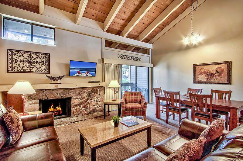 Living Room - Lake Tahoe's Premier Beach Mountain & Ski Getaway - South Lake Tahoe - rentals