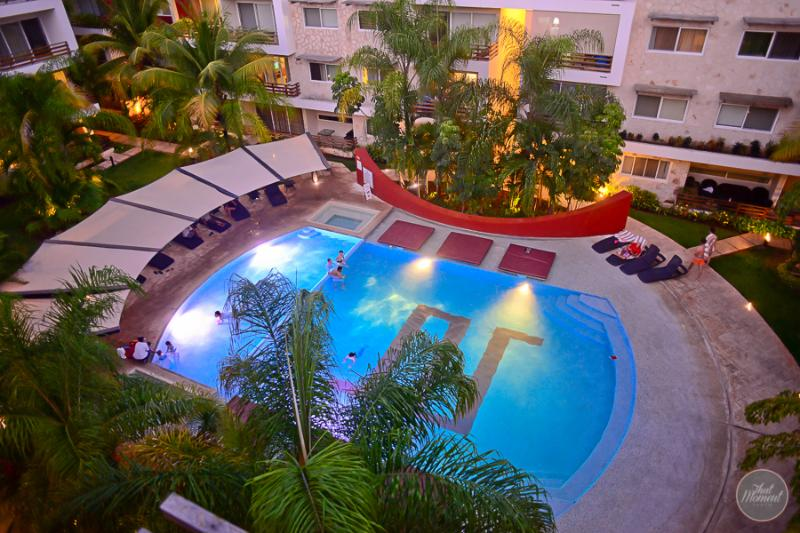 PH with private terrace & jacuzzi, ideal for 6 - Image 1 - Playa del Carmen - rentals