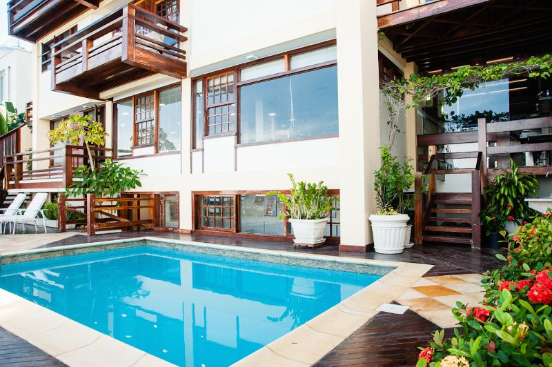 Countryside 6 Bedroom Home in Joa - Image 1 - Rio de Janeiro - rentals