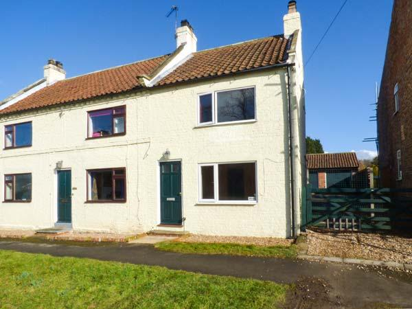 WESLEY COTTAGE, semi-detached, woodburning stove, parking, patio area, in Flaxton, Ref 922145 - Image 1 - Flaxton - rentals