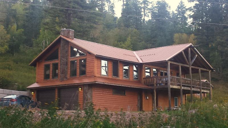 Hugh Bear Lodge - Image 1 - Lead - rentals