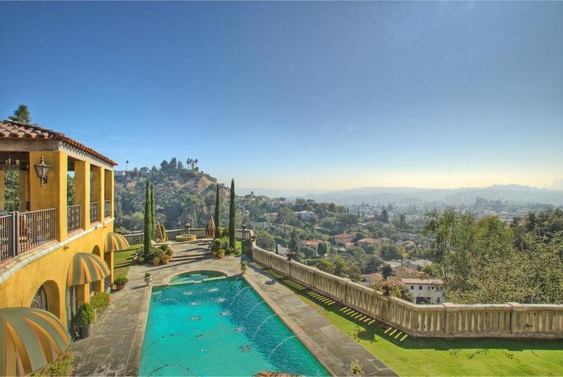 The Villa Sophia - Hilltop Estate rental in the Los Feliz hills. - The Villa Sophia - Romantic Honeymoon Spa Retreat on Central Los Angeles Hilltop - Los Angeles - rentals