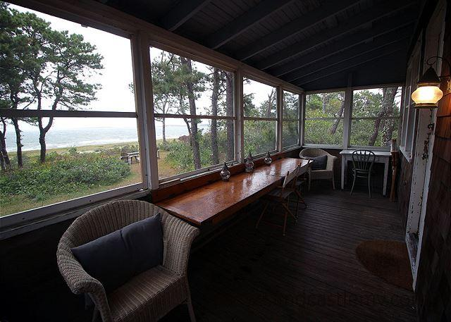 CHAPPAQUIDDCK COTTAGE WITH GORGEOUS VIEWS OF EDGARTOWN HARBOR - Image 1 - Chappaquiddick - rentals