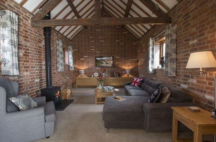 Sandfields Barn - Image 1 - Weston Upon Avon - rentals