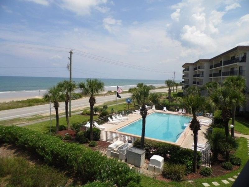 $1950 PER MONTH FOR THIS BEAUTIFUL 2 BEDROOM 2 BATH OCEANFRONT CONDO!!!! - Image 1 - Ormond Beach - rentals