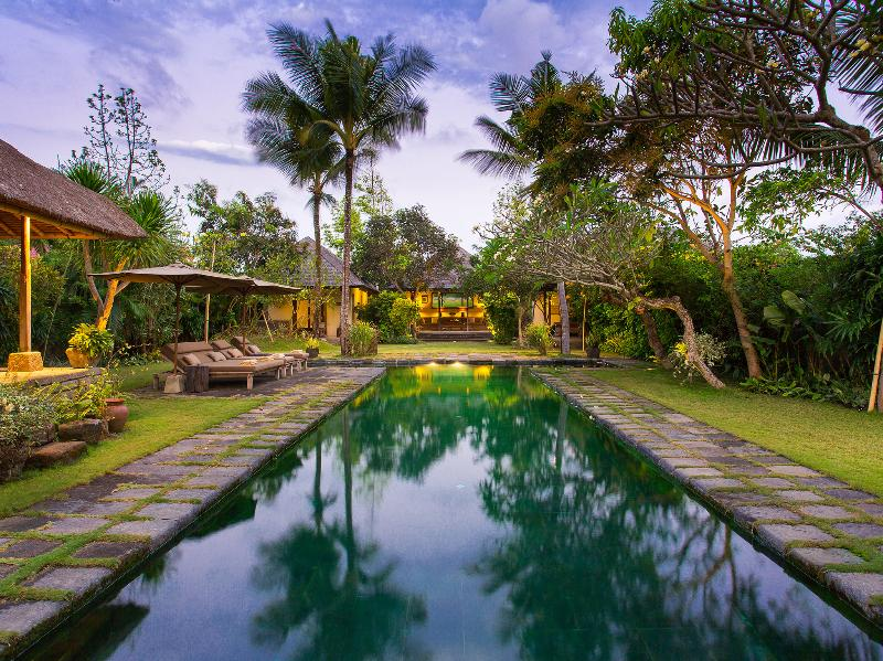 Villa Belong Dua - Pool at dusk - Villa Belong Dua - an elite haven - Seseh - rentals