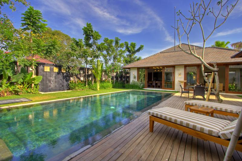 private pool - 3 BR Villa Private Pool 70 meters from Beach - Seminyak - rentals