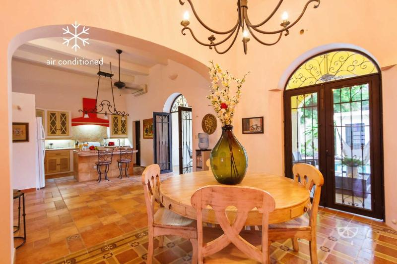 Dining area offers plenty of room for entertaining in true Yucatecan style. - Large, centrally located, colonial charmer. - Merida - rentals