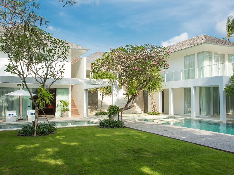 Villa Canggu - The villa and gardens - Villa Canggu North - an elite haven - Canggu - rentals