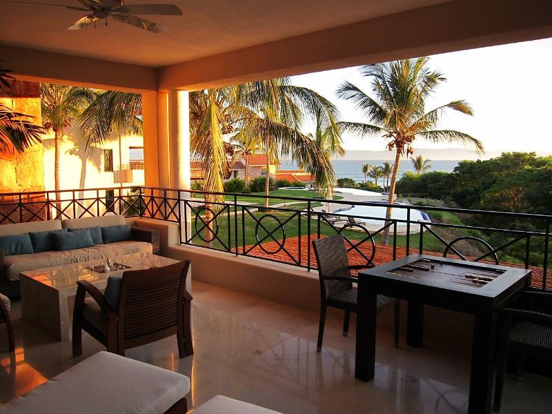 Large balcony with lots of seating and beautiful views - Luxury Beach Condo, Gated Punta Mita, Golf, Surf - Punta de Mita - rentals