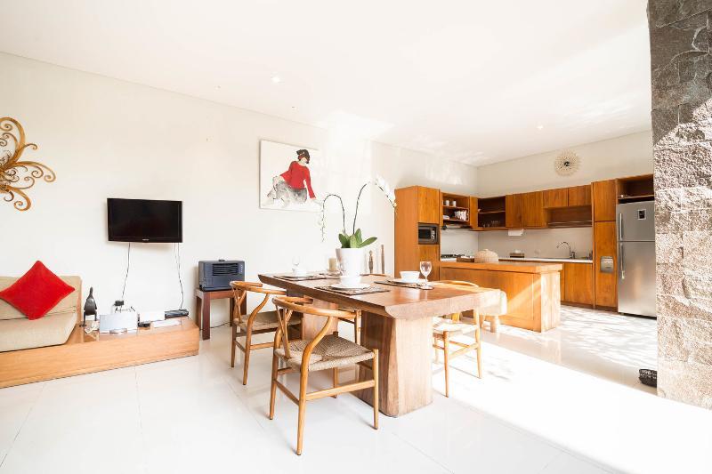 Dining Room - LUXURIOUS VILLA, RUANDRA-SEMINYAK-BALI - Seminyak - rentals