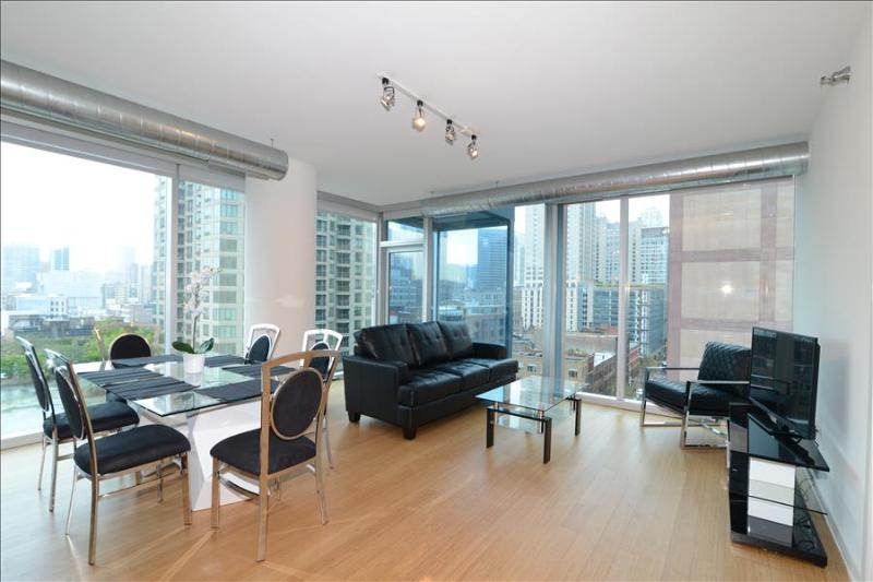 Chicago DT 1BR Heart of River North Suites - Image 1 - Chicago - rentals