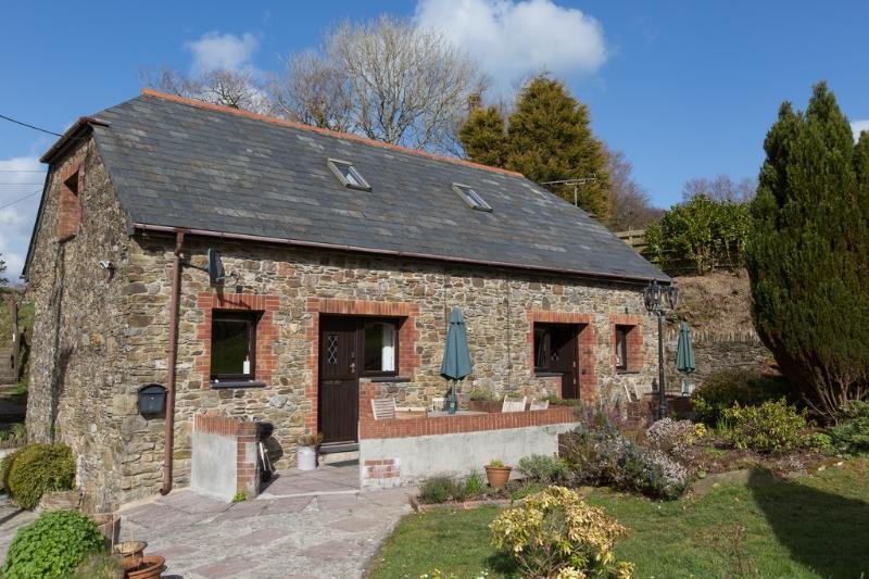 Barn Owl Cottage located in Looe, Cornwall - Image 1 - Looe - rentals
