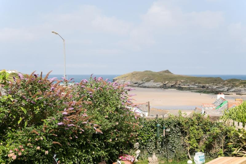 2 Alexandra Court located in Newquay, Cornwall - Image 1 - Newquay - rentals