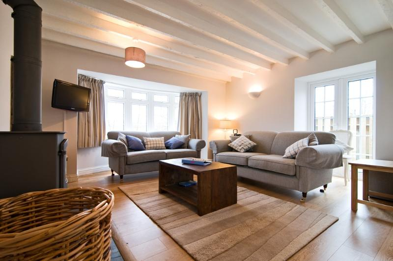 Bryher Cottage located in St. Mawgan, Cornwall - Image 1 - Saint Mawgan - rentals