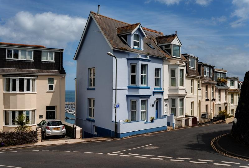 Creels located in Brixham, Devon - Image 1 - Brixham - rentals