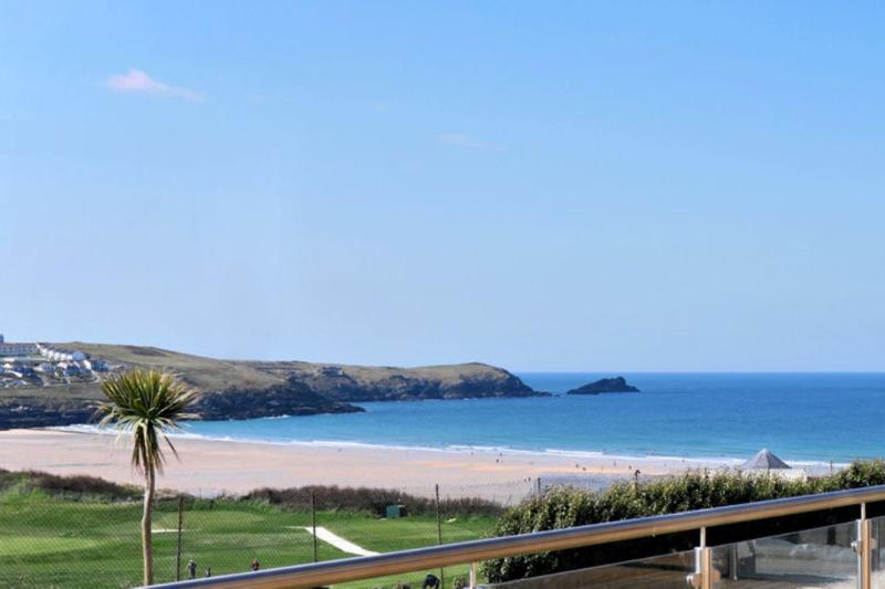 11 Cribbar located in Newquay, Cornwall - Image 1 - Newquay - rentals