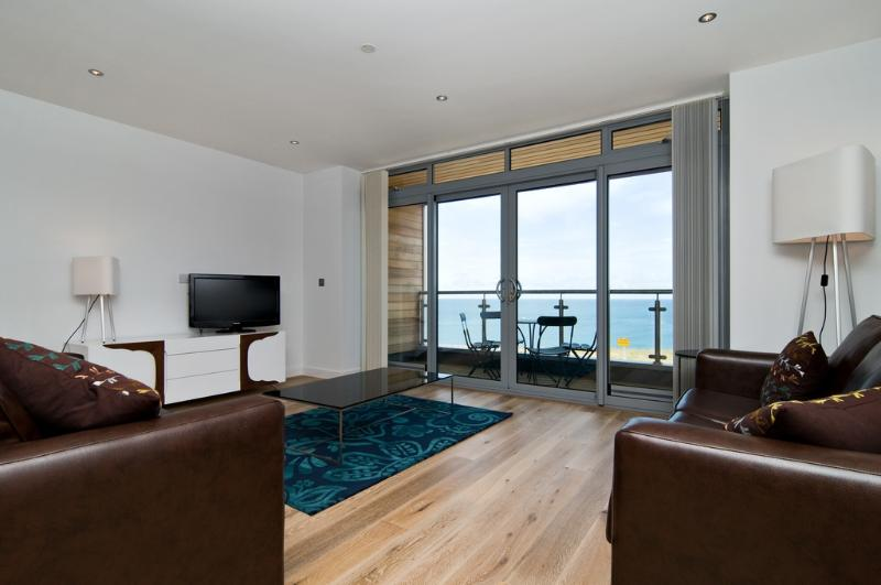 Rocky Point, Cribbar located in Newquay, Cornwall - Image 1 - Newquay - rentals