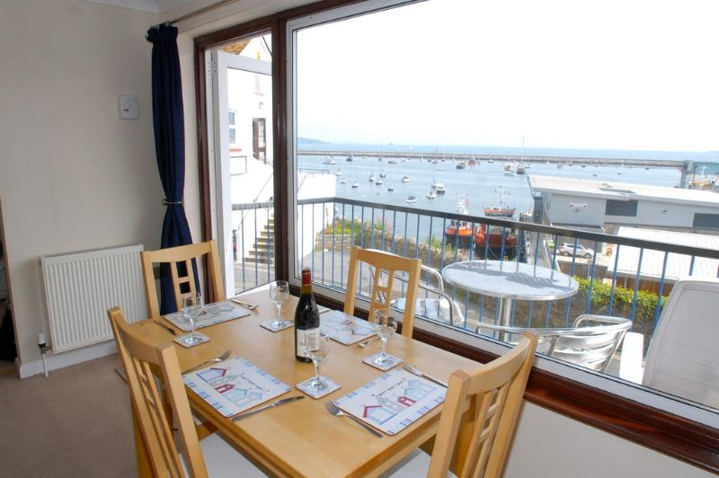2 Dolphin Court located in Brixham, Devon - Image 1 - Brixham - rentals
