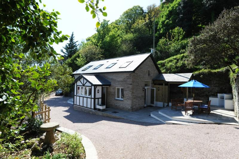 Black Pit Cottage located in Ilfracombe, Devon - Image 1 - Woolacombe - rentals