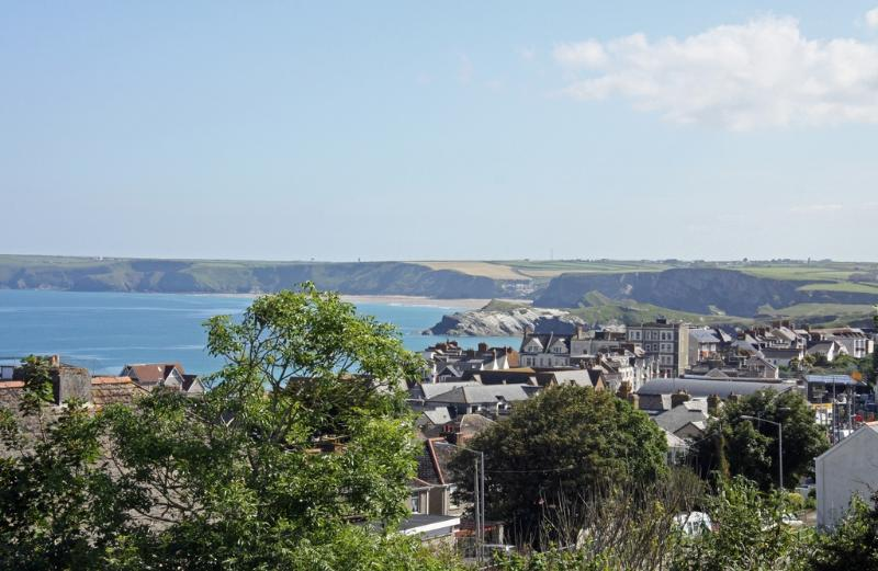 Trevena located in Newquay, Cornwall - Image 1 - Newquay - rentals