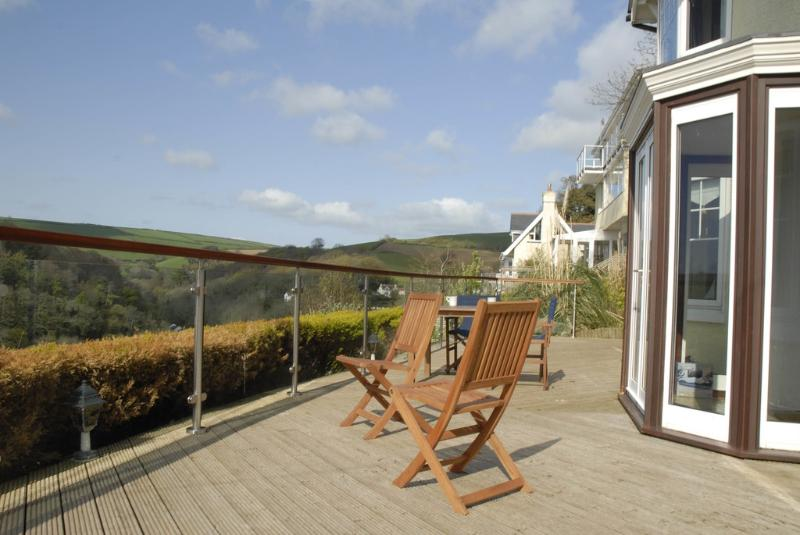 The Gables located in Kingswear, Devon - Image 1 - Dartmouth - rentals