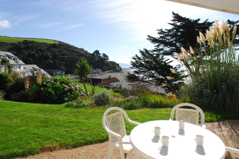6 Mount Brioni located in Seaton, Cornwall - Image 1 - Looe - rentals