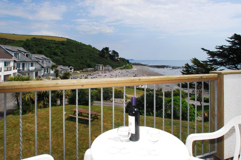 12 Mount Brioni located in Seaton, Cornwall - Image 1 - Looe - rentals