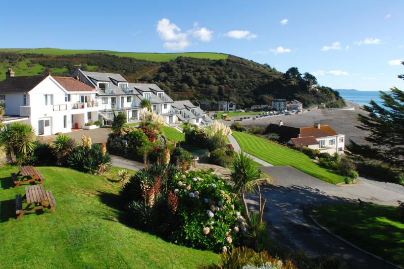 13 Mount Brioni located in Seaton, Cornwall - Image 1 - Looe - rentals