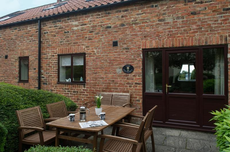 Granary Cottage located in Bedale, North Yorkshire - Image 1 - Bedale - rentals
