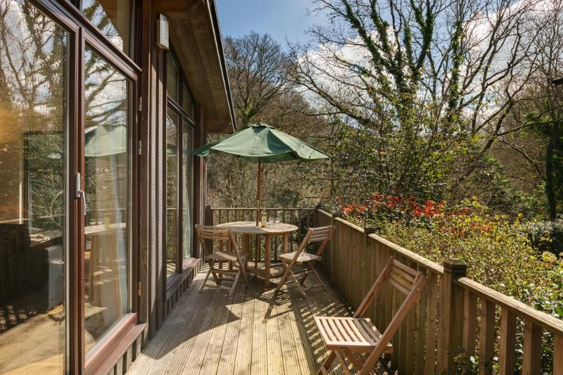 The Hide at Gara Mill located in Salcombe & South Hams, Devon - Image 1 - Salcombe - rentals