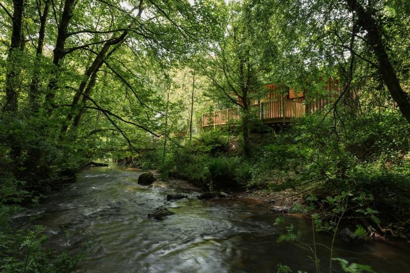 Riverside at Gara Mill located in Dartmouth & Kingswear, Devon - Image 1 - Salcombe - rentals