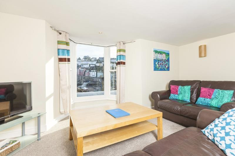 High Hopes located in Brixham, Devon - Image 1 - Brixham - rentals