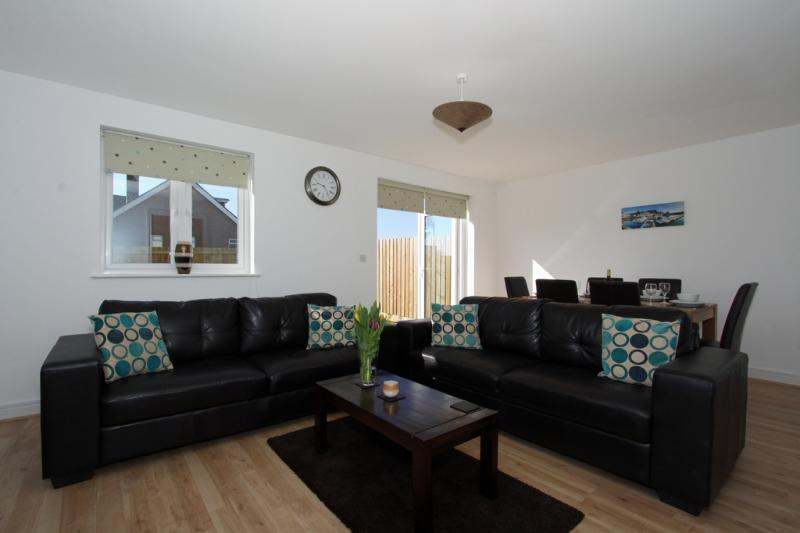 6 Jubilee Close located in Padstow, Cornwall - Image 1 - Padstow - rentals