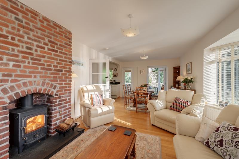 Guillemots located in Brixham, Devon - Image 1 - Brixham - rentals