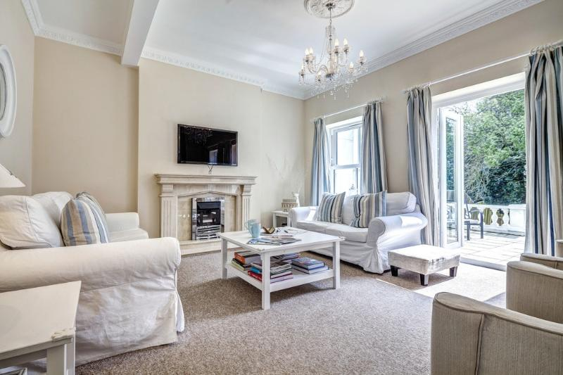The Hamptons located in Torquay, Devon - Image 1 - Torquay - rentals