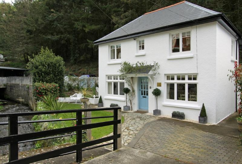 Petite Maison located in Polperro, Cornwall - Image 1 - Looe - rentals