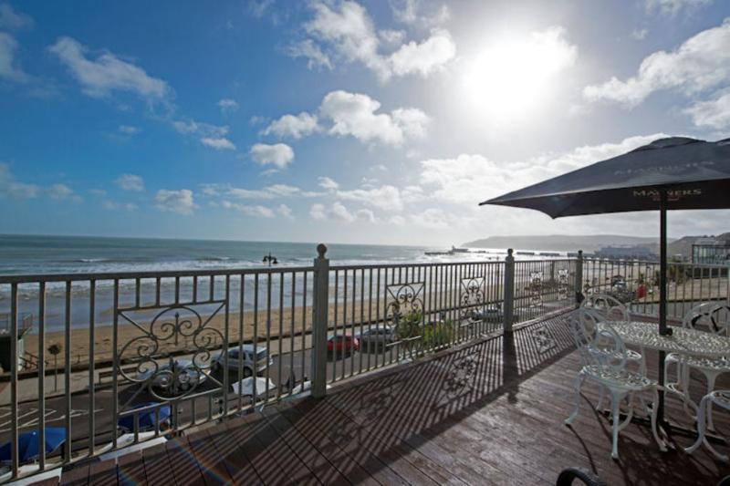 Apartment 2, Nautica House located in Sandown & The South Coast, Isle Of Wight - Image 1 - Sandown - rentals