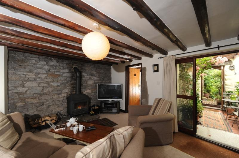 The Stables Cottage located in Buckfastleigh, Devon - Image 1 - Chillington - rentals