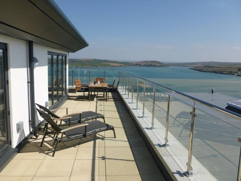 The Penthouse at Padstow located in Padstow, Cornwall - Image 1 - Padstow - rentals