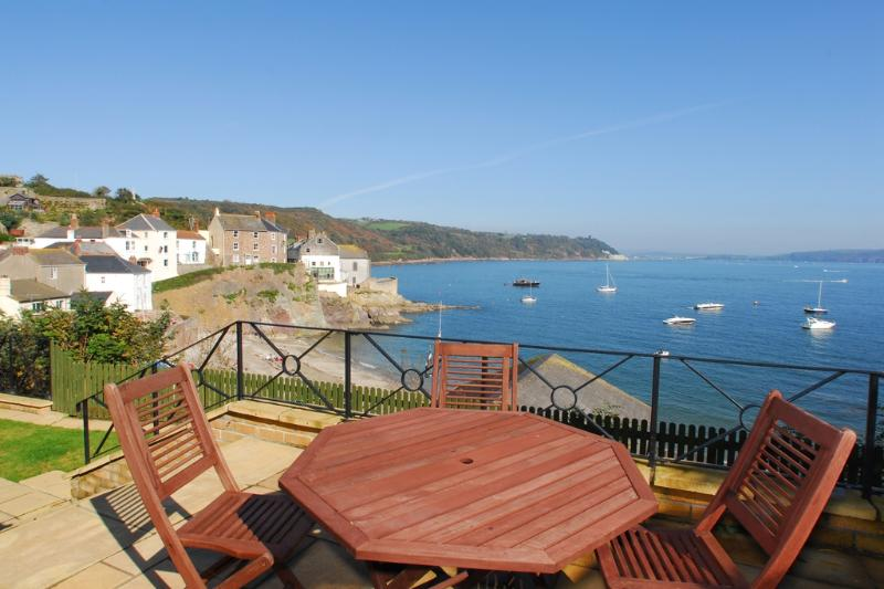 My View located in Cawsand, Cornwall - Image 1 - Kingsand - rentals