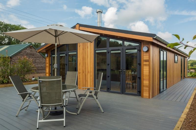 Oak Lodge, South Downs located in Hassocks, West Sussex - Image 1 - Hassocks - rentals