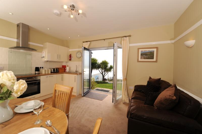Saunton Down located in Saunton, Devon - Image 1 - Saunton - rentals