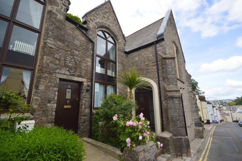 7 Torwood Gables located in Torquay, Devon - Image 1 - Torquay - rentals