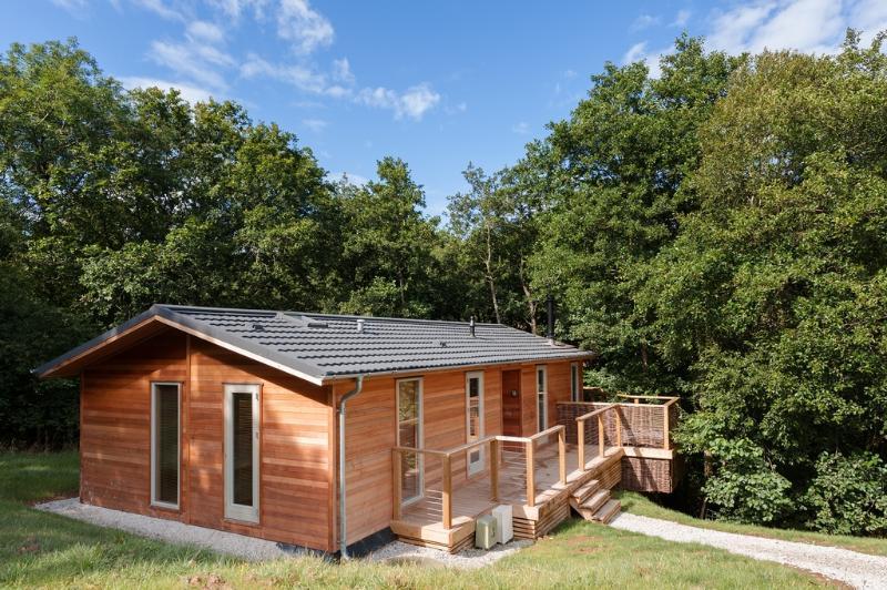 8 Streamside located in Lanreath, Cornwall - Image 1 - Lanreath - rentals